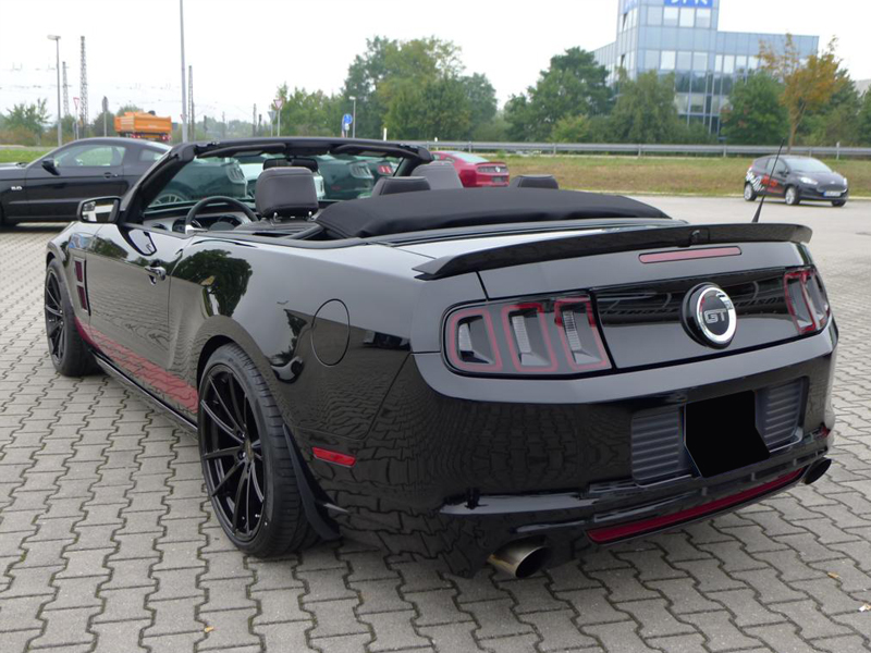 ford mustang gt cabrio deluxe wheels deutschland gmbh. Black Bedroom Furniture Sets. Home Design Ideas